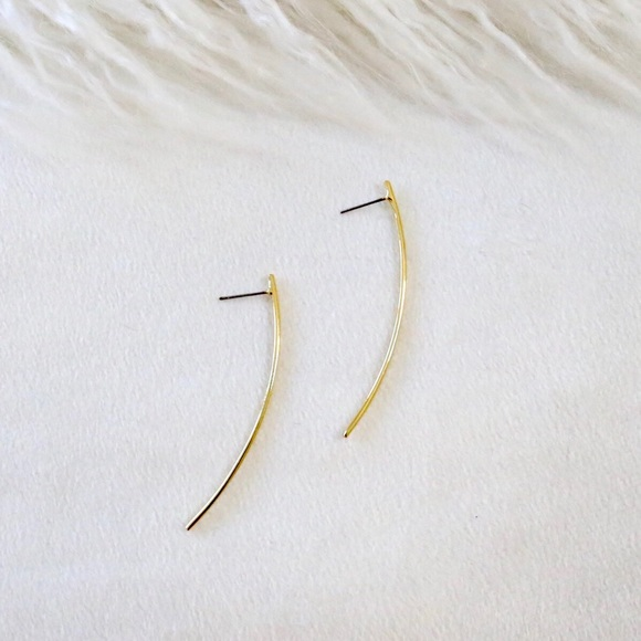 Jewelry - Gold Arch Earrings